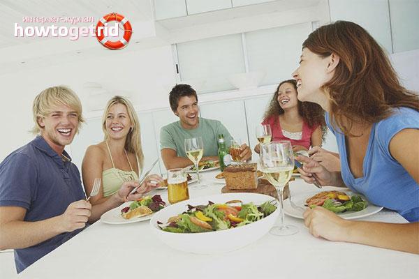 Hur man underhåller gäster vid bordet