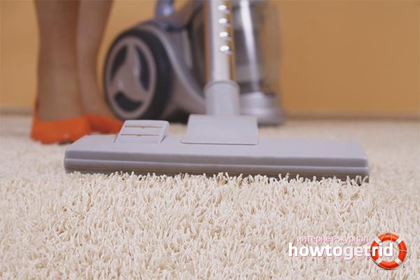 Kā tīrīt paklāju