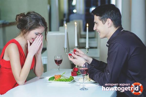 Evde evlilik teklifi