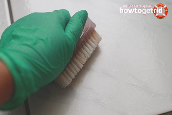 Efektīvi veidi, kā notīrīt flīzes no līmes