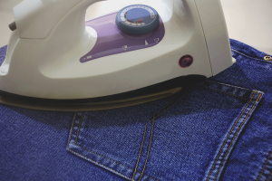 Како глачати фармерке