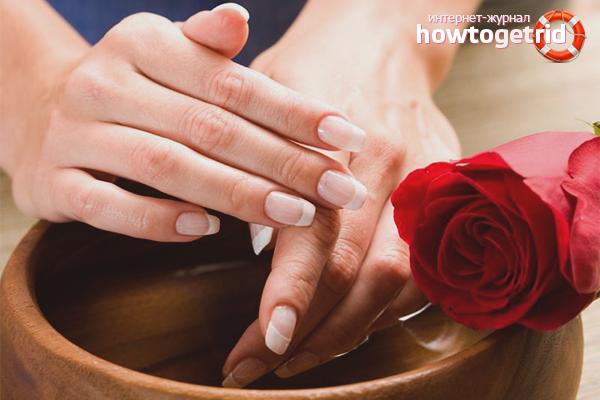 Banys per suavitzar la pell de les mans