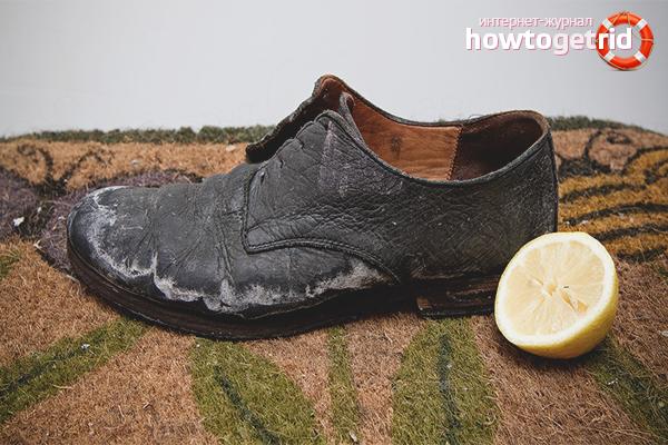 Cara membersihkan kasut dari pelbagai bahan dari garam