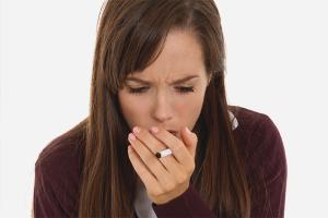 Com desfer-se de la tos d'un fumador