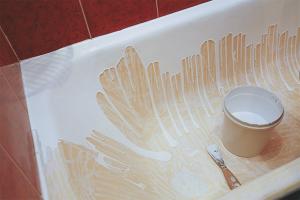 Com restaurar l'esmalt de bany
