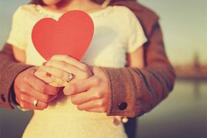 Wie man einem Mädchen beweist, dass man sie liebt