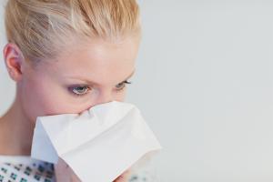 Com distingir la rinitis al·lèrgica dels refredats