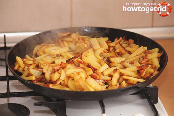 Wie man Kartoffeln in einer Pfanne brät