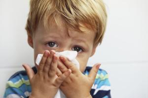 Как да облекчите назалната конгестия при дете