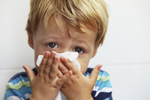Com alleujar la congestió nasal en un nen