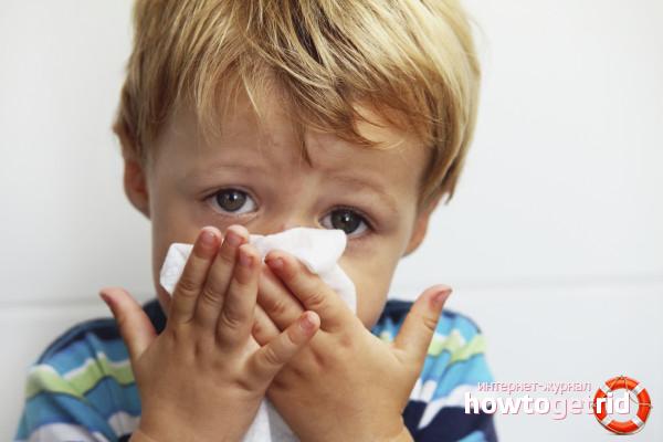 Wie man eine verstopfte Nase bei einem Kind lindert