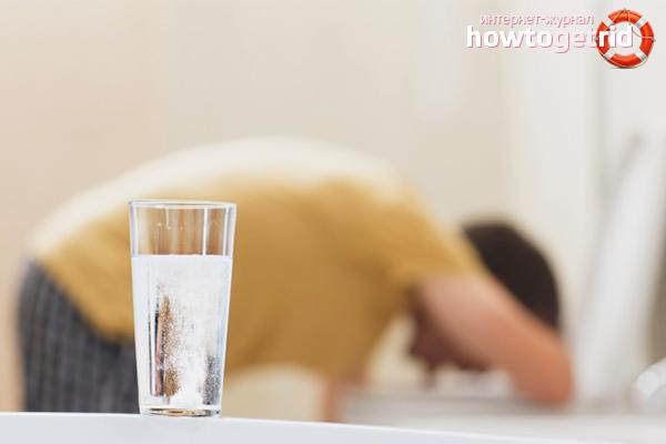 Làm gì khi bị ngộ độc rượu