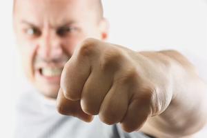 Com deixar de tenir por d'una baralla