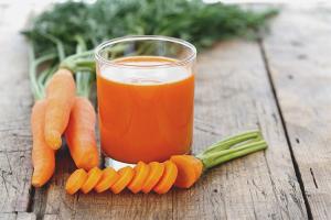 Com fer suc de pastanaga