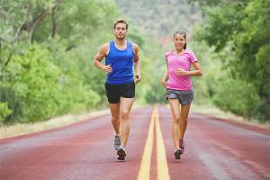 Korzyści i szkody płynące z biegania