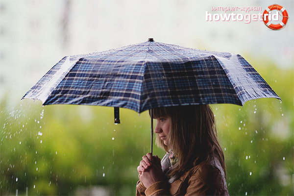 Cara mengeringkan payung selepas hujan