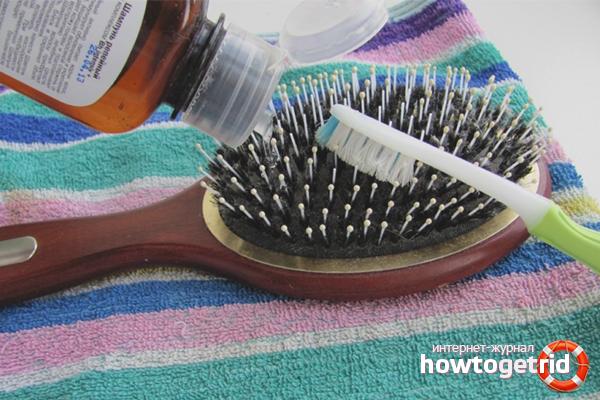 Alat untuk membersihkan sikat rambut