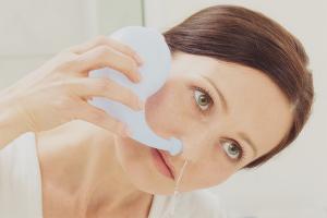 Как да изплакнете носа синузит
