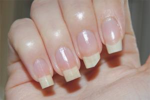 Com fer que les ungles creixin més ràpidament