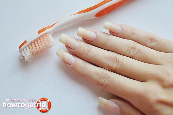 Como remover a sujeira das unhas