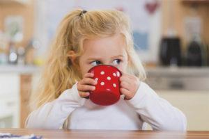 Pada usia berapa anak boleh diberi teh