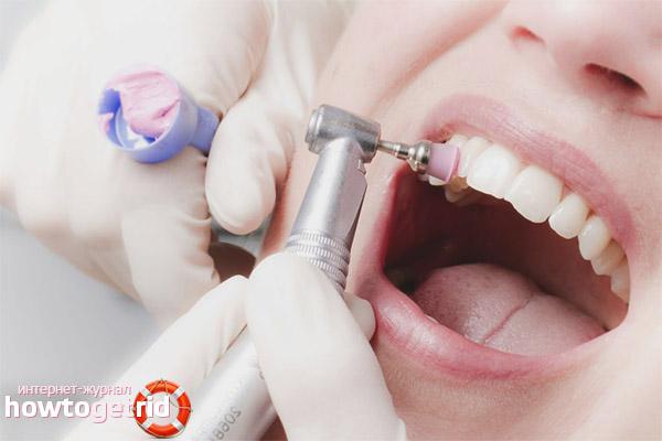 Les dones embarassades poden fer el raspall de dents
