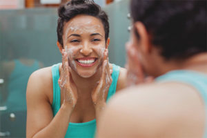 Bolehkah saya mencuci muka dengan sabun