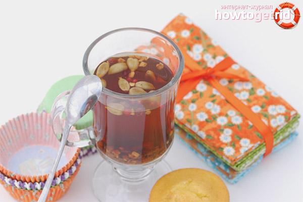 Wie man Kardamom Tee trinkt