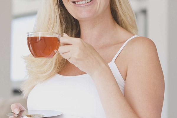 האם נשים הרות יכולות לשתות תה שחור