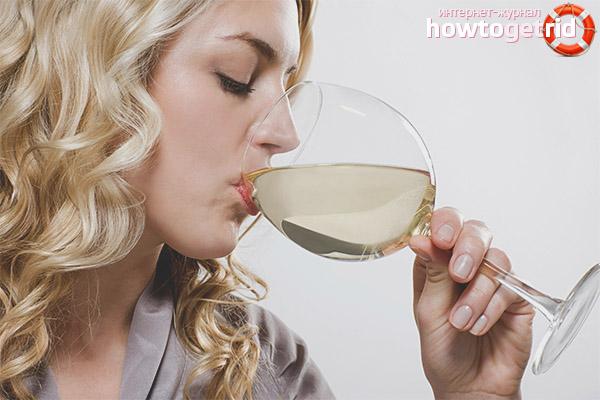 Tác dụng của rượu trắng khô đối với phụ nữ