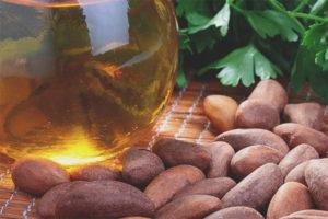 Oli de fruits secs del Brasil